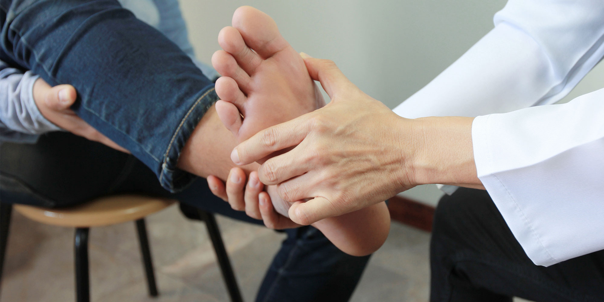 cuidado de los pies y las uñas